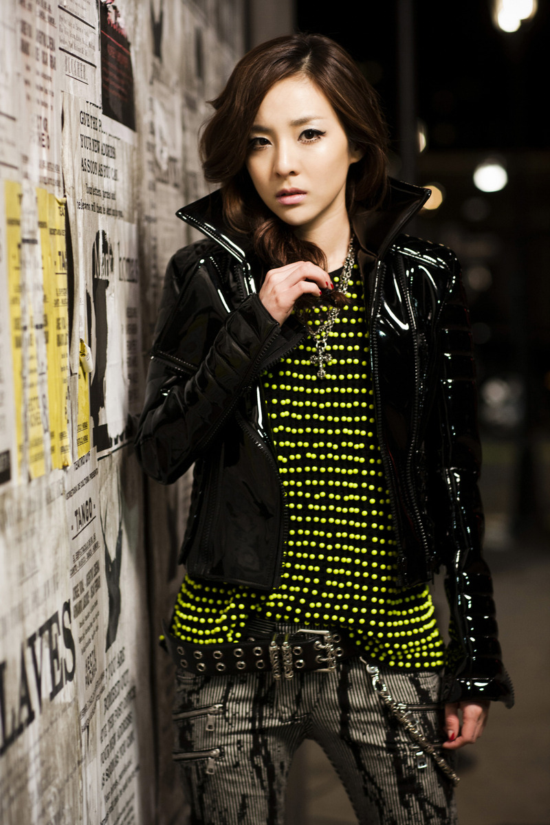 Photos: Dara @ 2NE1's 'Lonely' MV Shoot [BTS & Comeback ...
