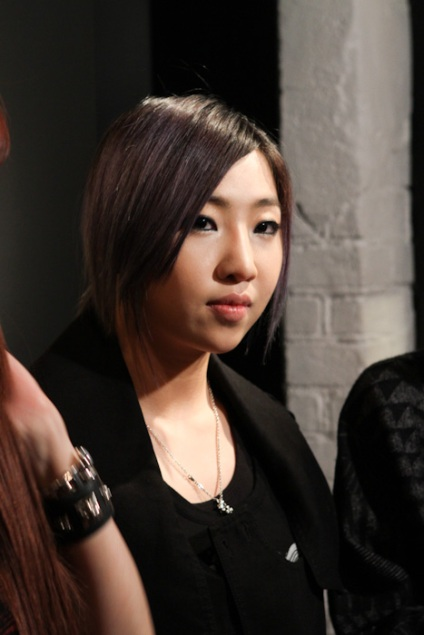 http://ohdara.files.wordpress.com/2012/02/mcm-loveless-2ne1_047-thumb-467xauto-84241.jpg