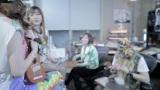 2NE1 – Make Thumb Noise Teaser306