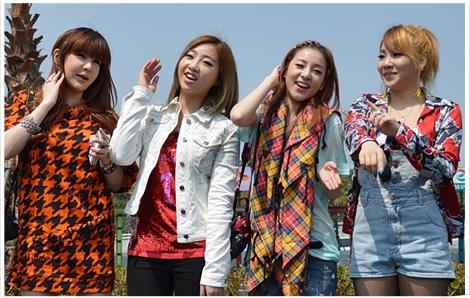 Photos: Nikon Imaging Korea Releases Photos of 2NE1's Trip