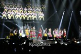 28599-2ne1s-splendor-performance-at-new-evolution-world-tour-in-new-jersey-o