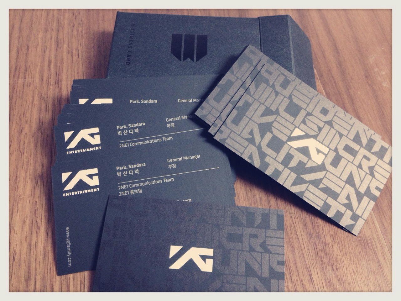 Line: 2NE1\'s PR Manager Dara Gets Her New Business Cards and Own Team! |