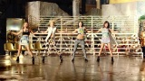 2NE1---FALLING-IN-LOVE-M-V[www.savevid.com] 3151
