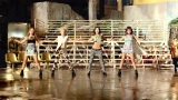 2NE1---FALLING-IN-LOVE-M-V[www.savevid.com] 3154