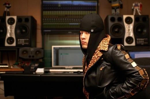 단독테디가-밝힌-2NE1의-크러쉬-심혈-기울인-음악인터뷰_1