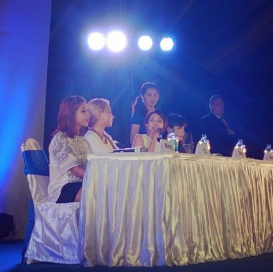 2ne1-press-conference-in-myanmar-2