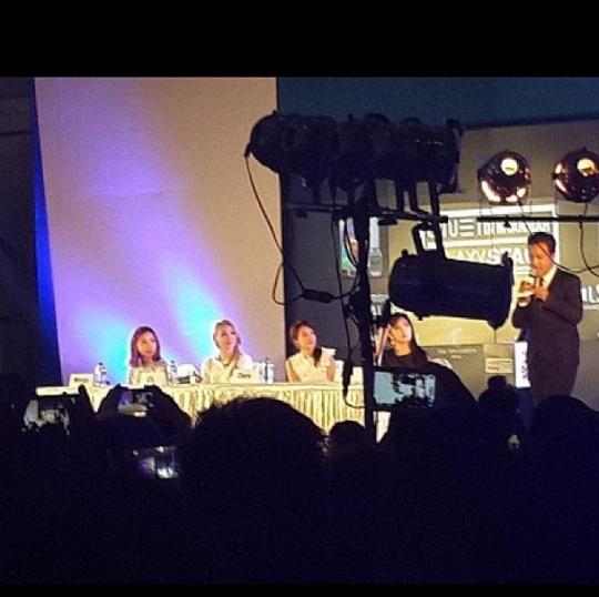 2ne1-press-conference-in-myanmar-3