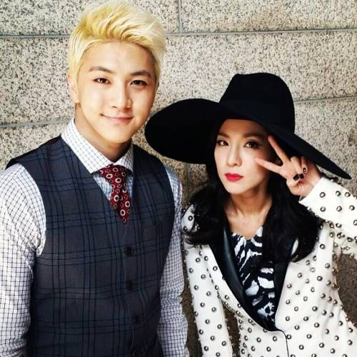 37558_dara-and-her-brother-thunder