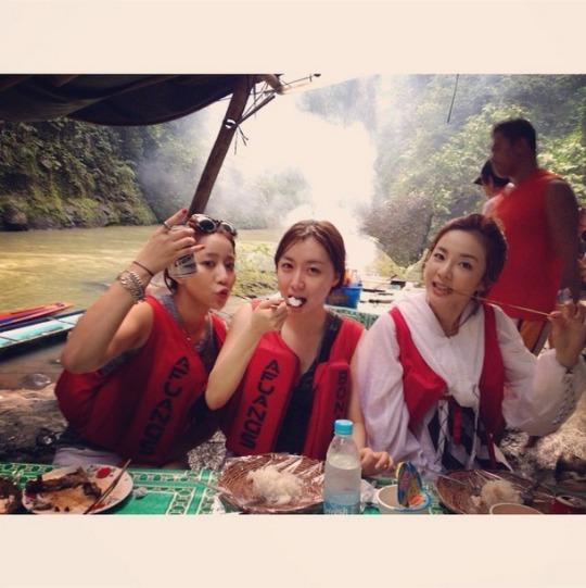 FireShot Capture - Photo by eeejin44 - http___instagram.com_p_vOimGsDU4a_