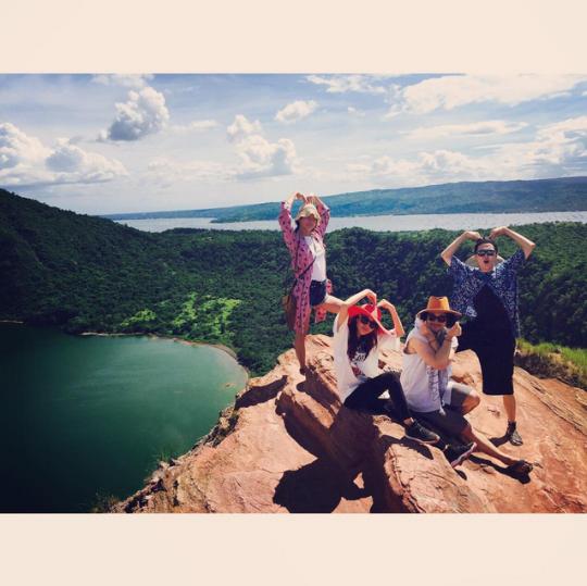 """FireShot Capture - Sandara Park on Instagram_ """"우헤요 사랑해요~ 💕"""" - https___instagram.com_p_5ziUCeiS3E_"""