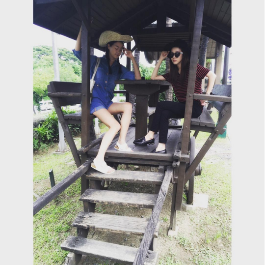 "FireShot Capture - Sandara Park on Instagram_ ""효니는 길어~ 긴것은 바나_ - https___instagram.com_p_59EpEViS9N_"
