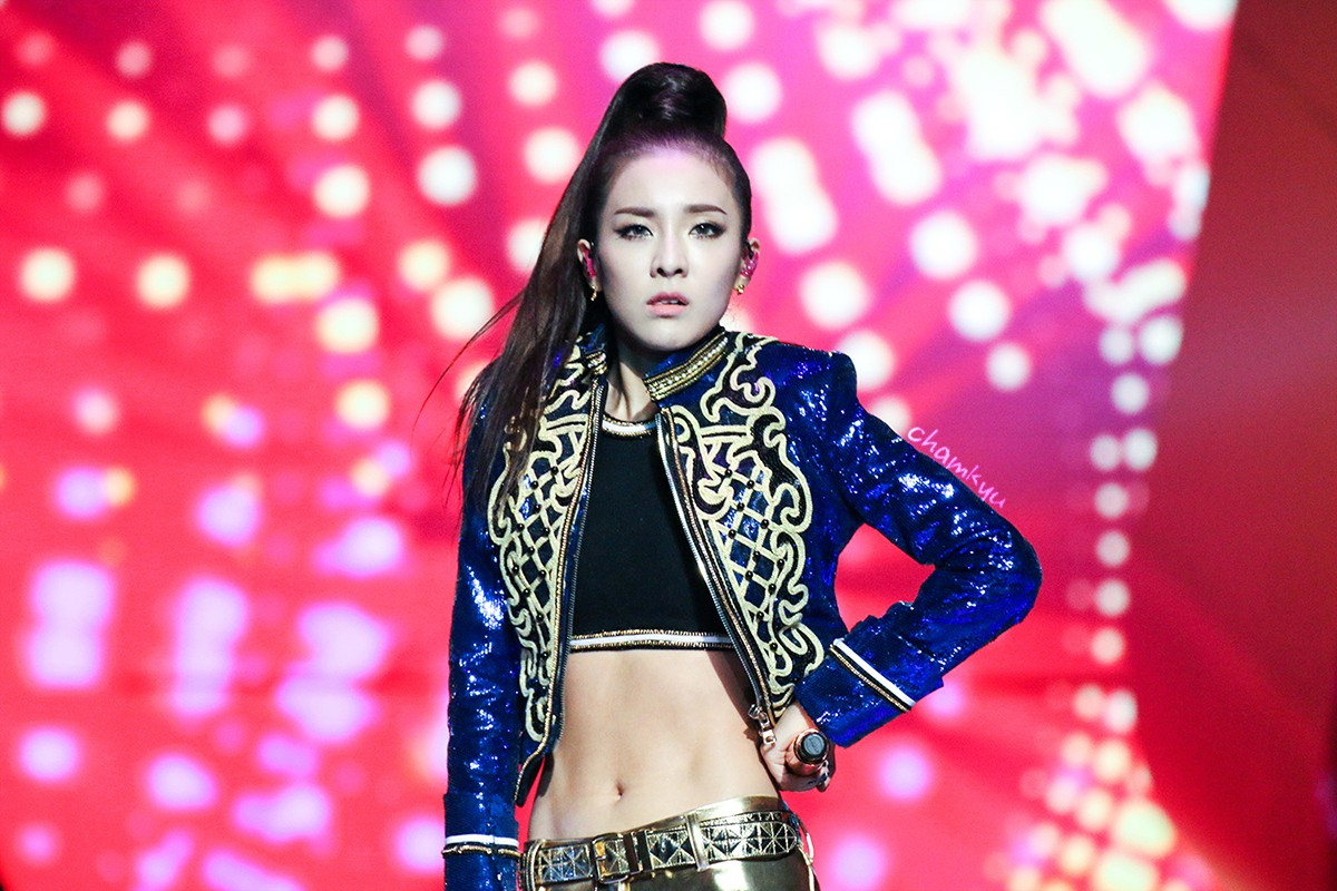 20 Of The Hottest Female K Pop Idol Abs Soompi